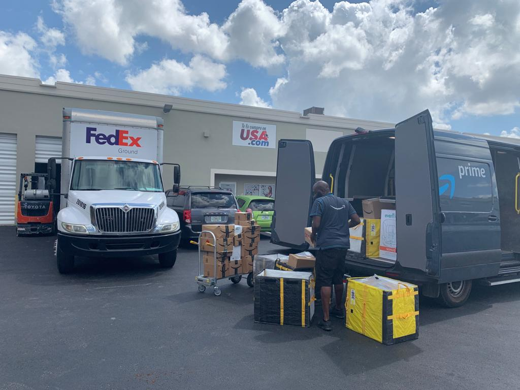 Fedex, Amazon  Global Packing
